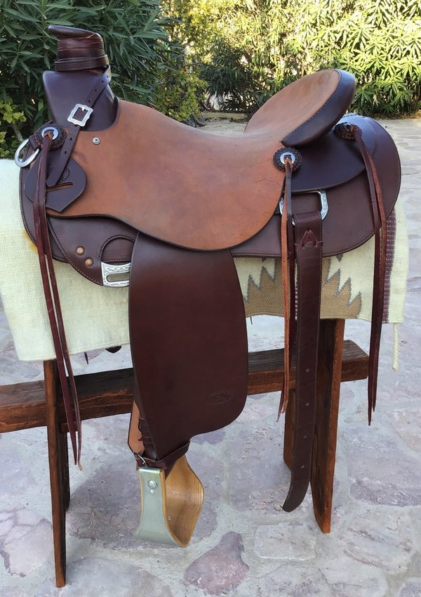 Triple Horn Buckaroo Saddle - SALE -